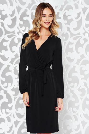 Fekete StarShinerS ruha elegáns finom tapintású anyag derékban rugalmas övvel ellátva