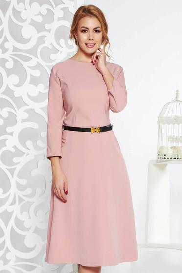 Rózsaszínű irodai harang ruha enyhén elasztikus pamut zsebes öv típusú kiegészítővel
