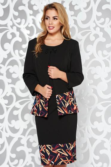 Fekete női kosztüm elegáns karcsusított szabás enyhén elasztikus szövet