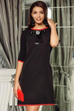 Fekete Fofy ruha elegáns a-vonalú masni díszítéssel