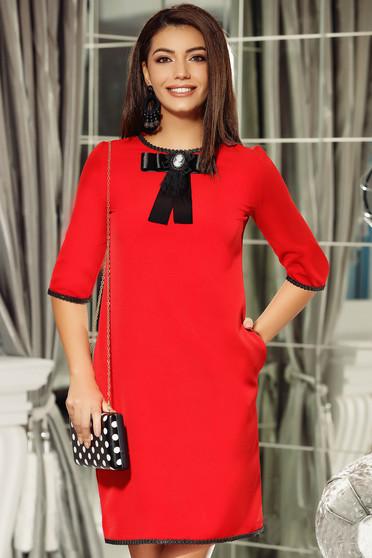 Piros Fofy ruha elegáns a-vonalú masni díszítéssel