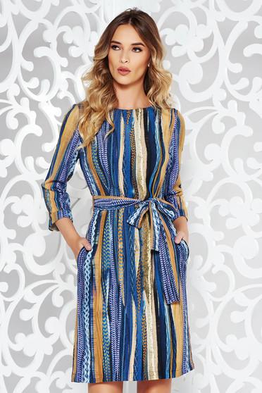 Kék ruha casual bő szabású lenge anyagból övvel ellátva