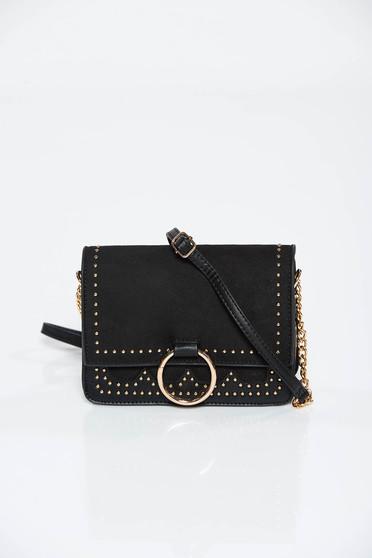 Fekete táska casual műbőr fémes szegecsekkel