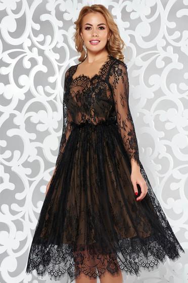 Fekete harang ruha csipkés anyag belső béléssel