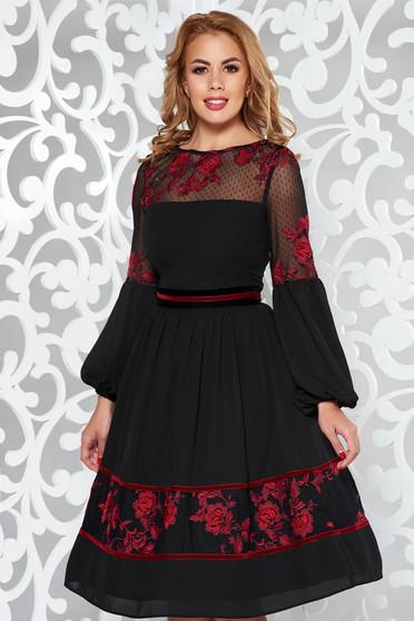 Piros LaDonna alkalmi harang ruha fátyol belső béléssel csipkés anyag hímzett