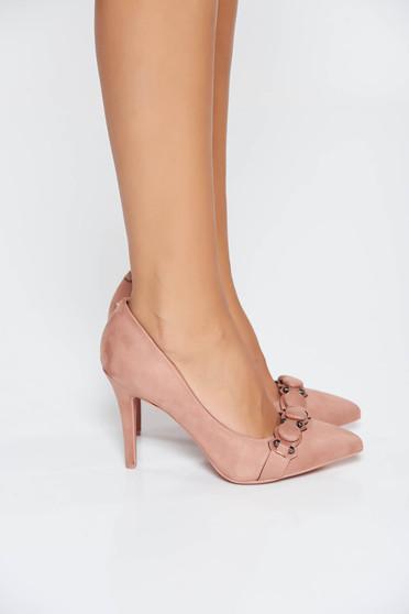 Pink elegáns magassarkú cipő enyhén hegyes orral