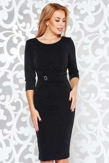 Fekete alkalmi ceruza ruha enyhén rugalmas anyag belső béléssel bross  kiegészítővel 3aa58a10df