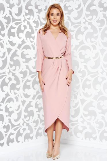 Rózsaszínű ruha elegáns enyhén rugalmas szövet belső béléssel öv típusú  kiegészítővel 6cdc6fd64a
