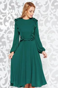 Zöld elegáns midi harang ruha fátyol anyag belső béléssel övvel ellátva