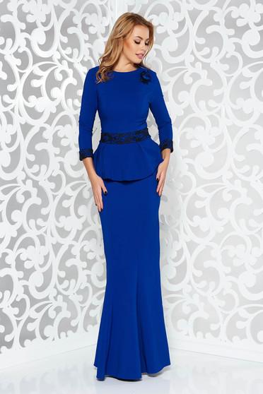 Kék alkalmi hosszú szirén tipusú ruha enyhén elasztikus szövet csipke díszítéssel bross kiegészítővel
