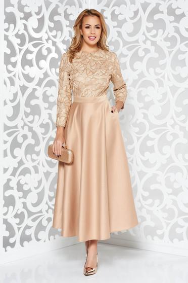 Arany alkalmi harang ruha szatén anyagból flitteres díszítés belső béléssel