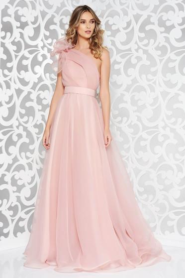 Rózsaszínű Ana Radu egy vállas alkalmi ruha belső béléssel övvel ellátva
