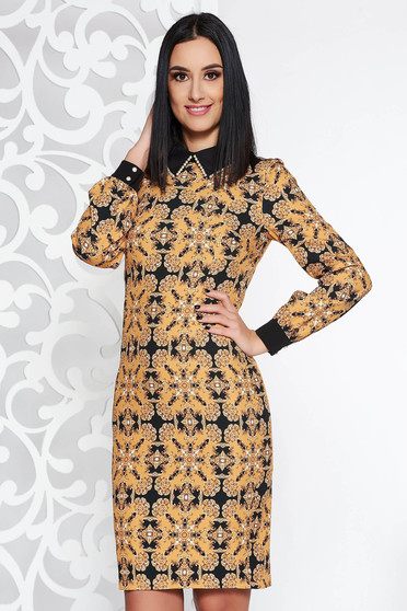Mustar elegáns szövettel ruha grafikai mintával eltávolítható gallérral gyöngy díszítéssel
