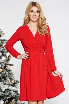 Piros StarShinerS ruha elegáns harang fátyol derékban rugalmas övvel ellátva belső béléssel