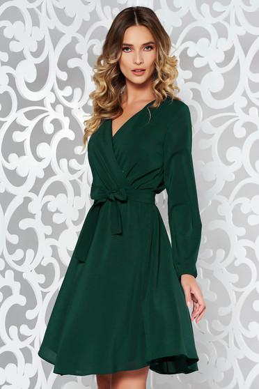 Zöld StarShinerS ruha elegáns harang fátyol derékban rugalmas övvel ellátva belső  béléssel 1f02ee858d