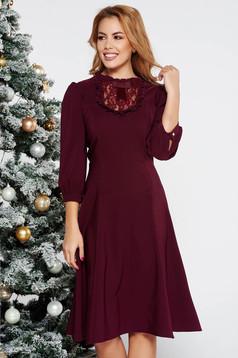 Lila LaDonna elegáns harang ruha enyhén rugalmas szövet csipke díszítéssel