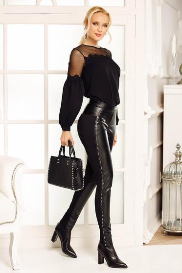Fekete Fofy nadrág szintetikus bőr strassz köves díszítéssel