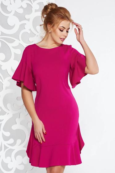 Fukszia elegáns bő szabású ruha enyhén elasztikus szövet belső béléssel fodrokkal a ruha alján