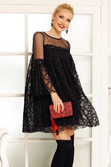 Fekete Fofy alkalmi bő szabású ruha csipkés anyagból belső béléssel harang  ujjakkal 49082cc941