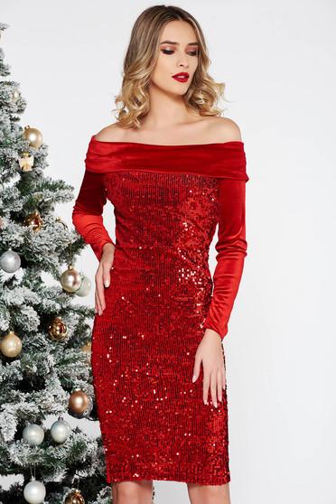 Piros Artista alkalmi bársony flitter ruha szűk szabás a vállakon c6f495b93d