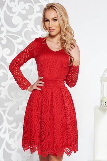 Piros alkalmi harang ruha csipkés anyag belső béléssel háromnegyedes ujjú