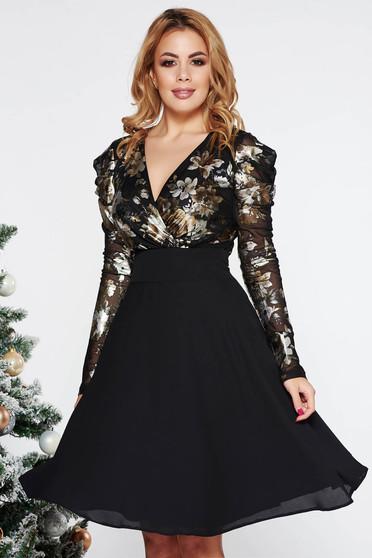 Fekete LaDonna alkalmi harang ruha fátyol anyag belső béléssel fémes  jelleggel v-dekoltázzsal 1ad59fa9f9