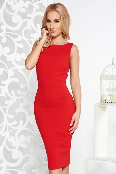 Piros PrettyGirl alkalmi midi ceruza ruha enyhén elasztikus szövet bross kiegészítővel