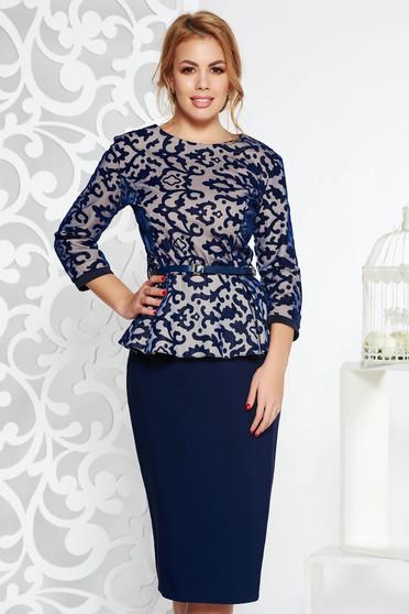 Sötétkék elegáns női kosztüm enyhén elasztikus pamut öv típusú kiegészítővel