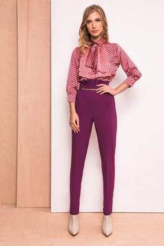 Lila PrettyGirl elegáns magas derekú nadrág enyhén elasztikus szövet arany színű fémes díszek