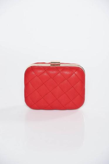 Piros táska műbőr hosszú lánc típusú pánt valamint rövid