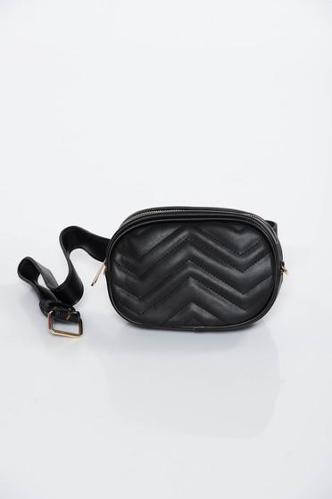 Fekete casual táska műbőr öv típusú kiegészítővel
