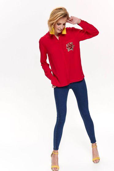 bf99a3bb1f Piros Top Secret casual bő szabású női ing vékony anyag himzett diszitéssel