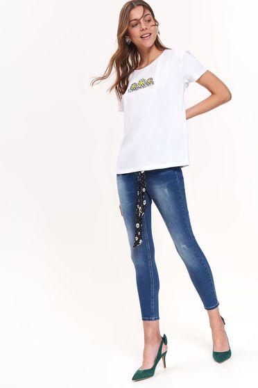 2db0d96023 Fehér Top Secret casual bő szabású póló nem elasztikus pamut rövid ujjú
