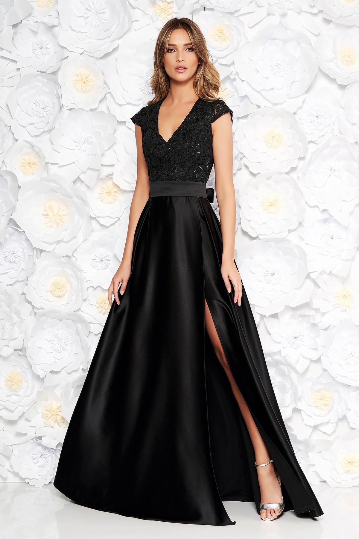 8e35af4320 Fekete Artista alkalmi harang ruha v-dekoltázzsal szivacsos mellrész szatén  anyagból csipkés anyag