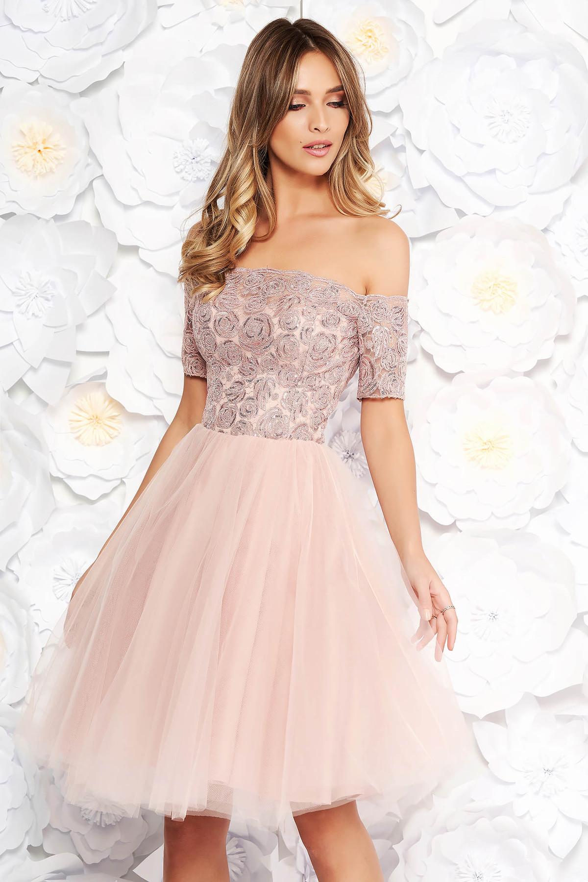 a966462a67 Rózsaszínű Artista alkalmi harang ruha csipkés anyag tűll szivacsos mellrész  flitteres díszítés