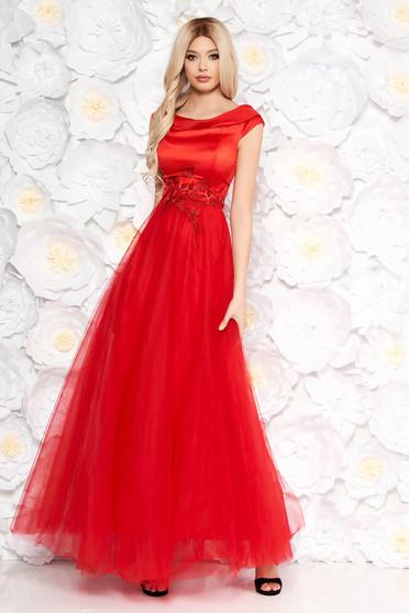 Piros Artista alkalmi ruha tüll szatén anyagból csipke díszítéssel gyöngy díszítéssel belső béléssel