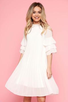 Bő szabású casual fehér SunShine ruha fátyol rakott belső béléssel fodrozott ujjakkal