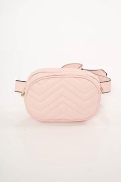 Rózsaszínű casual műbőr táska öv típusú kiegészítővel