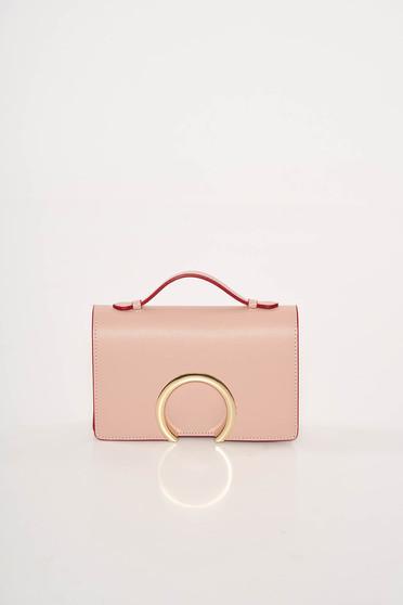 5db7422030d3 Rózsaszínű alkalmi bőr táska fémes kiegészítő