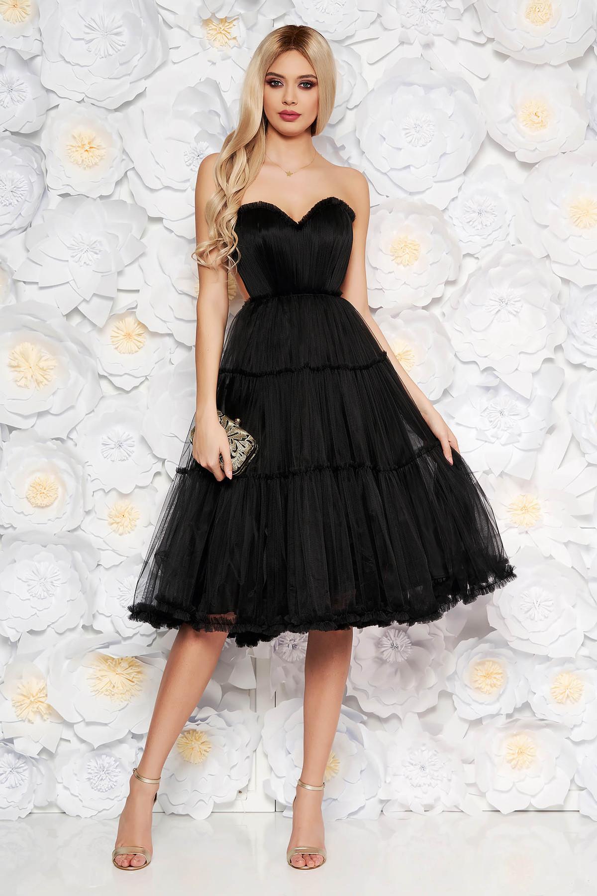 1b79cc1539 Fekete Ana Radu tüll fűzős ruha szivacsos mellrész belső béléssel váll  nélküli
